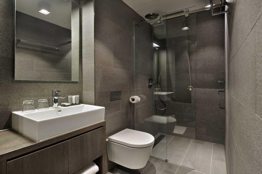 Chambre double confort lit pour deux personnes chambres - Lit double petite chambre ...